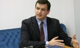 Eugen Tomac: Ungaria a depăşit demult linia roşie a diplomaţiei europene. Atitudinea Budapestei în relaţie cu România este departe de a putea fi considerată amicală.