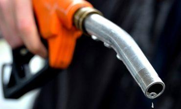 Preţul fără taxe al carburanţilor în România - şi în acest an mai mare decât media UE