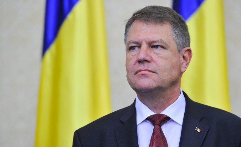 Preşedintele Iohannis trimite Parlamentului, pentru reexaminare, Legea referendumului