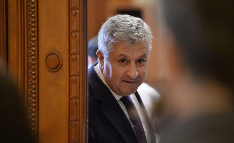 Abuzul în serviciu, infracțiunea pentru care a fost condamnat Dragnea, va fi redefinit. PSD propune prag de 200.000 de euro