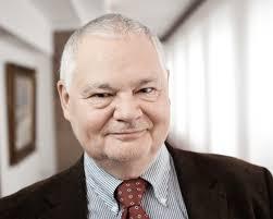 Guvernatorul Băncii Poloniei: Mai bine să creștem economia sănătos, decât să ne dezvoltăm ca România