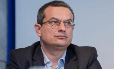 """CNCD discută luni o sesizare privind eticheta """"penali"""" folosită de Iohannis şi Kovesi. Au fost citate toate părţile"""