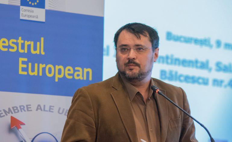 Cristian Ghinea (USR): SPP este o dramoletă de PR. Mutarea atribuţiilor legale între instituţii, după cum vrea domnul Dragnea, ţine de sultanizarea României