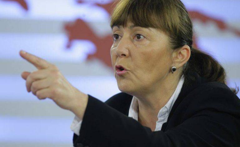 Monica Macovei: Legea anti-defăimare, inventată de Dragnea, va fi împotriva tuturor celor care nu se înclină în faţa infractorilor