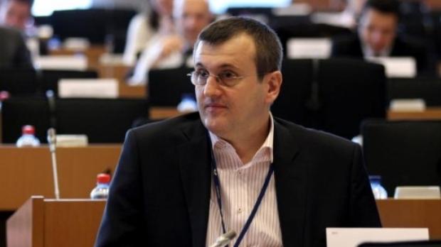 Cristian Preda, chemat la Consiliul de Onoare al ordinului Steaua României, pentru defăimare şi neglijarea interesului naţional