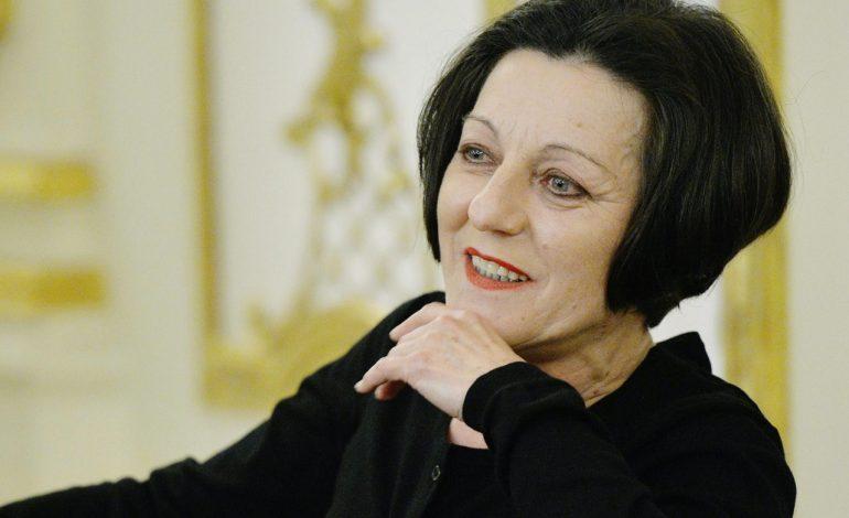 Herta Müller, laureată a Premiului Nobel pentru Literatură, a fost suspendată din Uniunea Scriitorilor