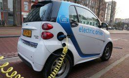 Șeful companiei de închirieri auto Sixt: Eforturile politice pentru creșterea vânzărilor de mașini electrice reprezintă o greșeală